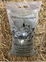 sac-granules-aliment-chevaux_1824342371