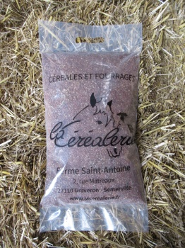 sac-cereales-graines-lin-animaux-alimentation-animale