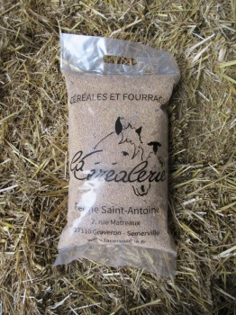sac-cereales-millet-blanc-animaux-alimentation-animale
